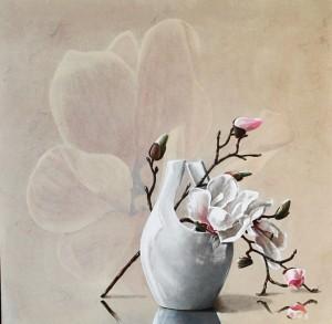 nr 45 Magnoliatak met witte vaas